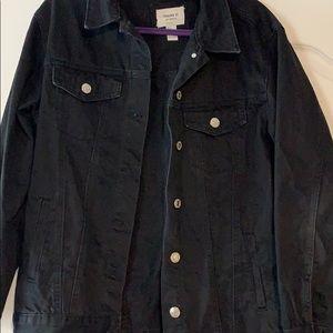 Oversized black jean jacket!